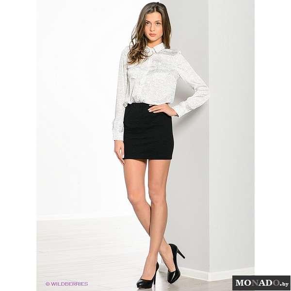 девушка в белой мини юбке фото